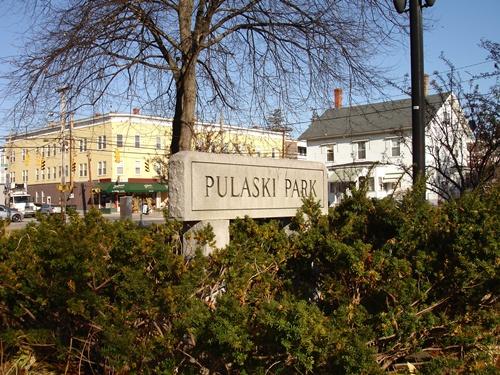 Pulaski Park Sign